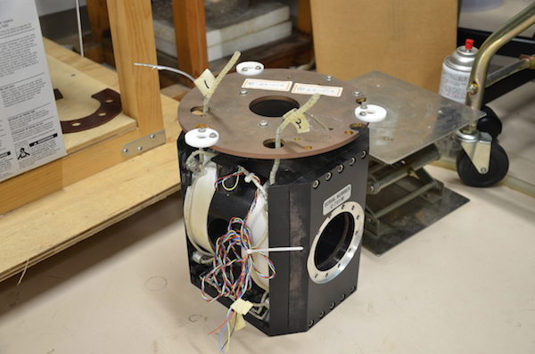 6T SCM (Split Magnet)